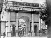 Entrance to Golden City Park, 1907