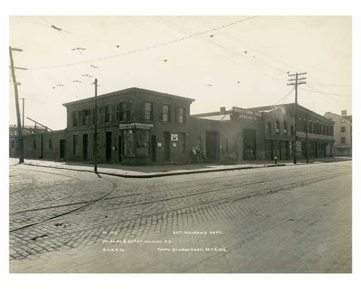 Farmer 3rd Ave Depot working S.E. 25th Street & 3rd Ave Sept 4 1916