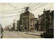 Flushing Avenue, east of Broadway April 1929