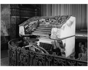 Fox Theater - Organ Console  - 20 Flatbush Ave & 1 Nevins St.