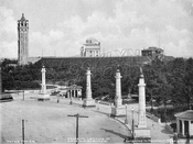 Grand Army Plaza, showing reservoir tower and Brooklyn Museum, 1905