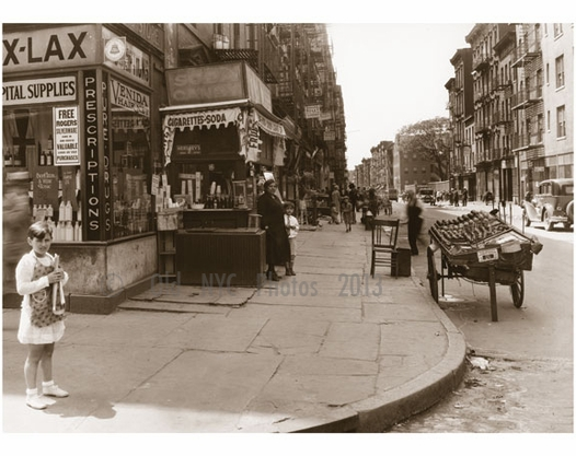 Houston Street, west from Mott Street, Italian Quarter - 1929