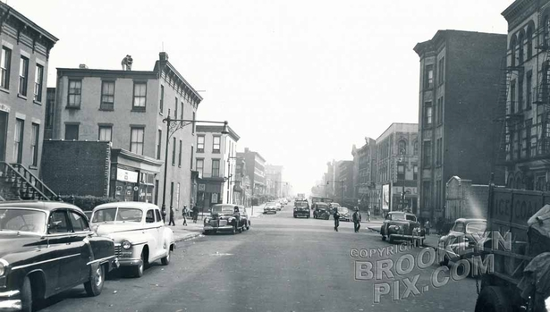 Lexington Avenue east to Throop Avenue, 1952