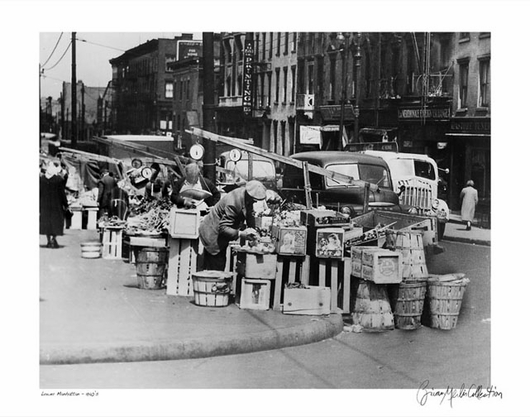 Lower Manhattan Street Vendor 1940s