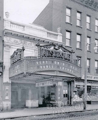 Meserole Theater, 723 Manhattan Avenue, Greenpoint, 1928