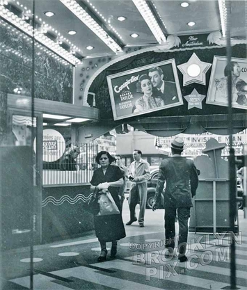 New Amsterdam Theater lobby, 1949