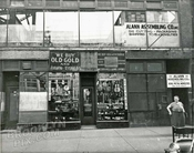 Pawn shop at 183 Chatham Square, 1950