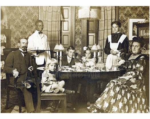 Portrait of a New York family 1905