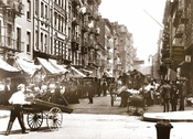 Pushcart Market Mott St. north from Bayard St. Manhattan 1907