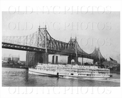 Queensboro Bridge with Steamboat 1910