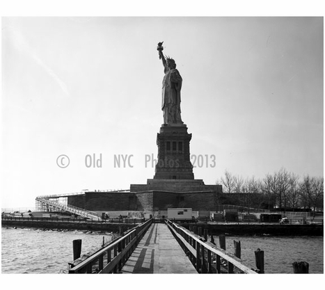 Statue of Liberty - left side view looking southwest 1984