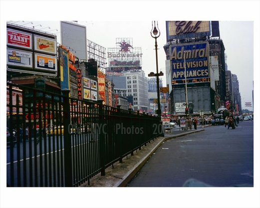 Times Square 1950s view from the middle of the street