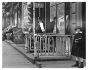 Upclose side walk view on 7th Avenue between 34th & 35th Streets -  Midtown Manhattan 1914