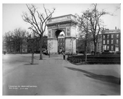 Washington Square Arch at Washington Square Park  - Greenwich Village -  Manhattan NYC 1913
