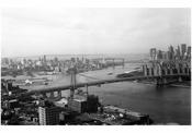 Williamsburg Bridge - from Brooklyn to Manhattan in perspective
