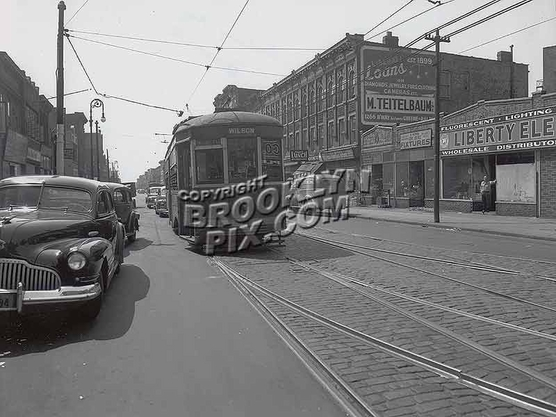 Wilson Avenue trolley on Rockaway Avenue, ca. 1948