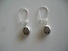 Oval Silver-Plated Celtic Knots 9mm