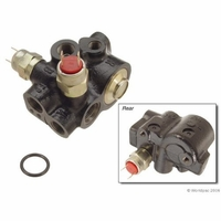 88-89 BMW 735iL Hydraulic Brake Pressure Regulator