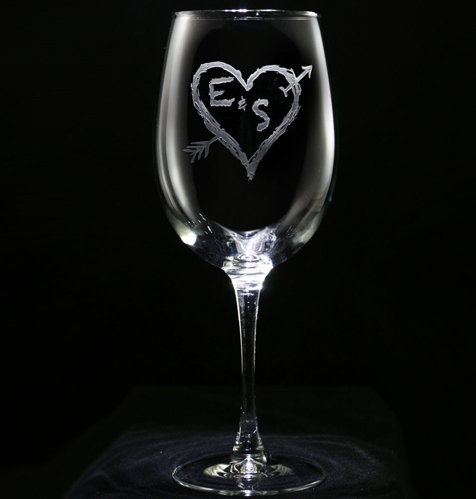 carved initials in heart with arrow tree design wine glass