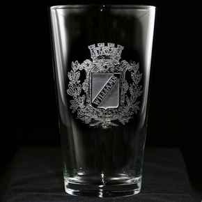 Engraved Crest Pint Pub Glass