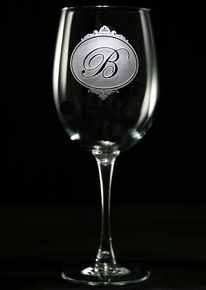 Personalized Wine Glasses Gifts for Wine Lovers