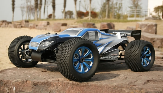 NEW Exceed RC 1/8th MadWarrior 2.4 GHz Nitro RC Truggy w/ .21 Gas Engine RTR for Beginners [Alpha Blue]