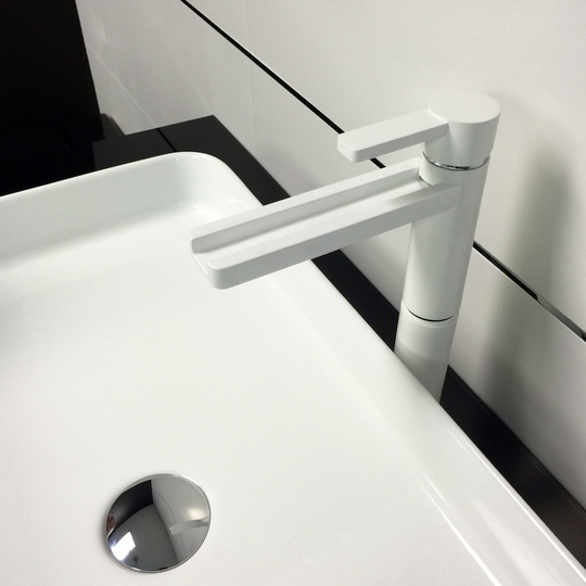 AQUA WHITE MAT HIGH END BATHROOM FAUCET