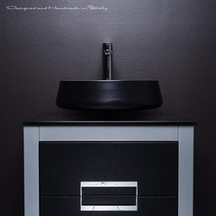 Black and Silver Bathroom Decor