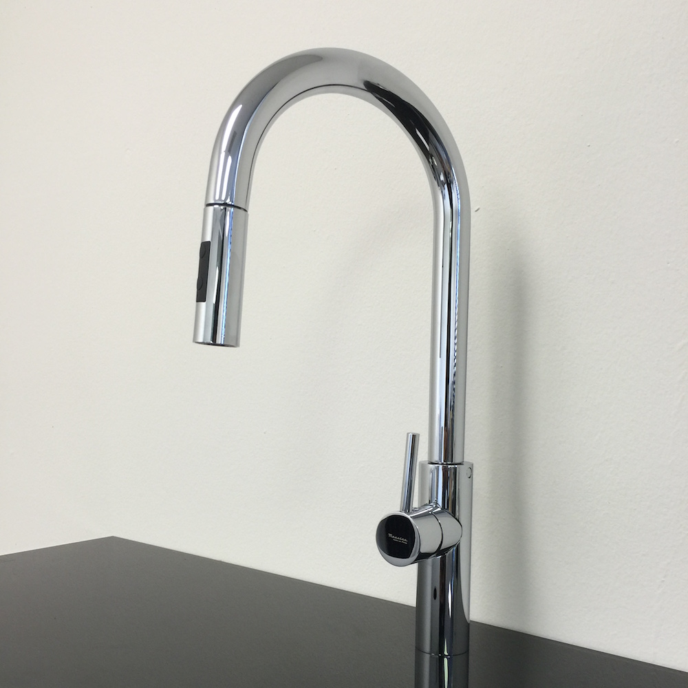 Modern chrome kitchen faucet with pull out mono shower - Fancy bathroom faucets ...