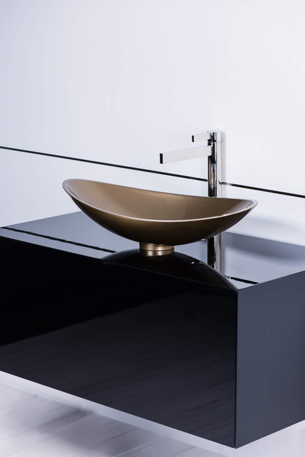 Modern Vessel Sink And Faucet Combo Champagne