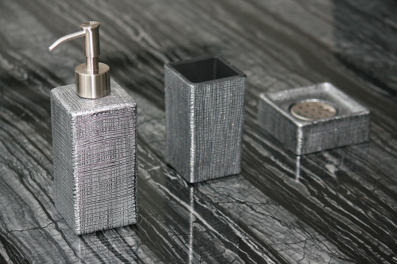 VENICE SET BLACK SILVER Designer Bathroom Sets