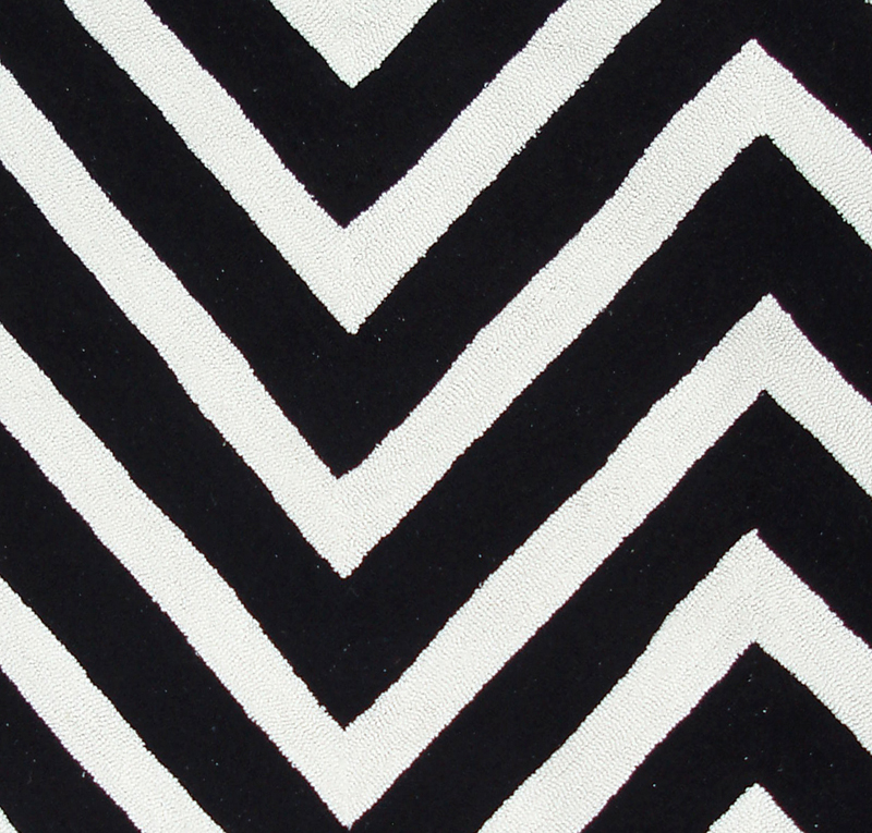 District17 Gamma Black And White Rug Patterned Rugs