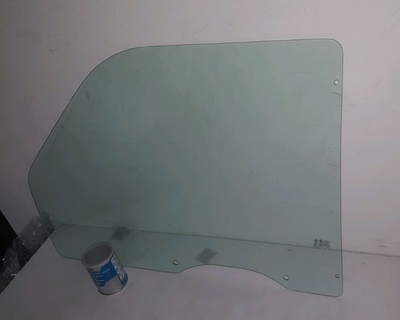 Diy Front Door Glass Driver Side Chevrolet T Series T Cabover on 1995 Dodge Dakota Club Cab