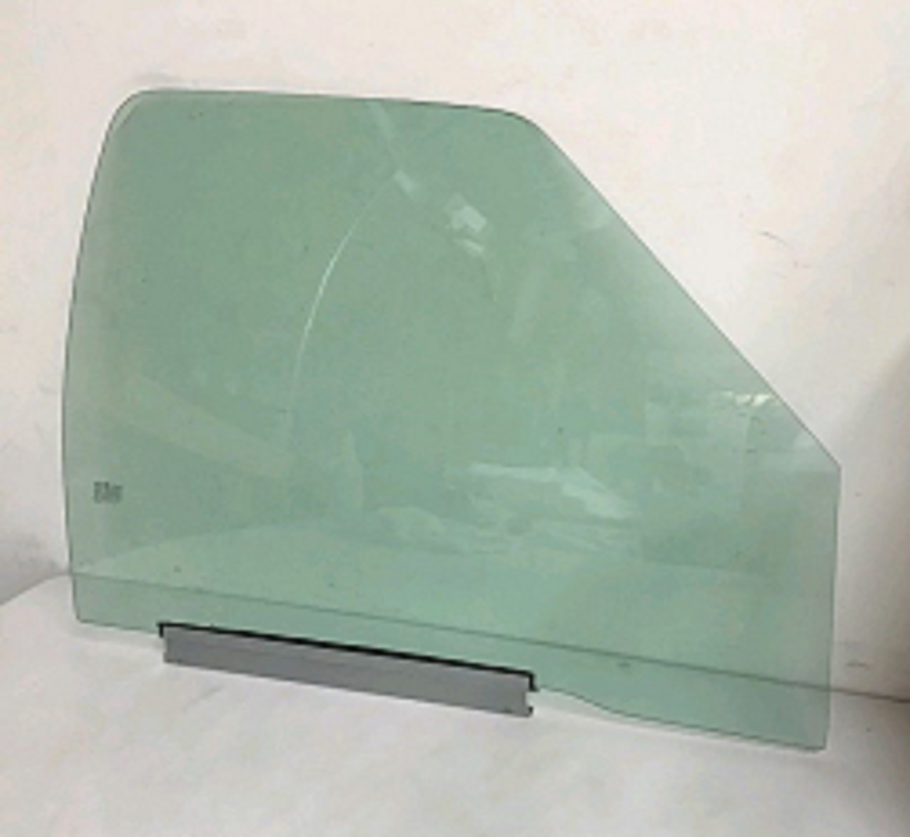 Front Door Glass Passenger Side Chevrolet S10 Pickup 2
