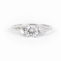 14kt Classic Style Ring With 1.25Ctw G- SI2 Round Diamond