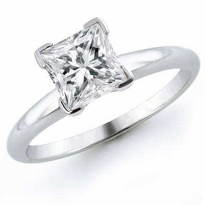14kt Classic  Style Solitaire Ring With 1.01 Carat SI2 G Princess Diamond