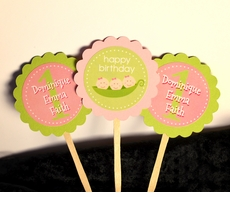 Triplet Girls Peas in a Pod<br>Personalized Cupcake Toppers / Picks