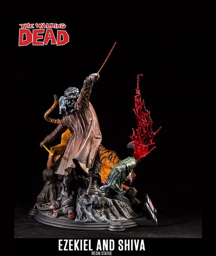 The Walking Dead Comic:  Ezekiel and Shiva Resin Statue McFarlane Collectors Club Exclusive