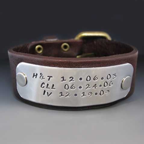 Men's Personalized 1 Inch Leather Bracelet with Buckle