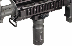 UTG MS QD Low Profile Lever Lock Combat Quality  Metal Foregrip