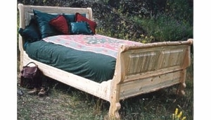Scalp Mountain Sleigh Bed