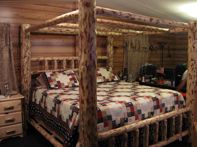 Frontier Log Canopy Bed Rustic Wood Canopy Bed For Sale