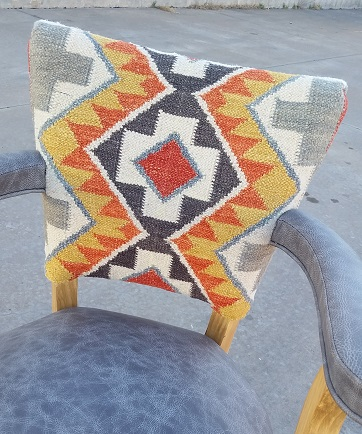Montana Ranch West Kilim Barstool