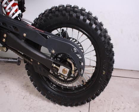 apollo dirt bike cc  size   tire twin spar frame inverted forks