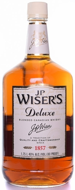 Wisers 10 Year Old Deluxe Canadian Whisky 1.75L