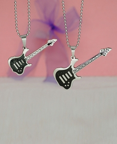 Couple Guitar Pendants