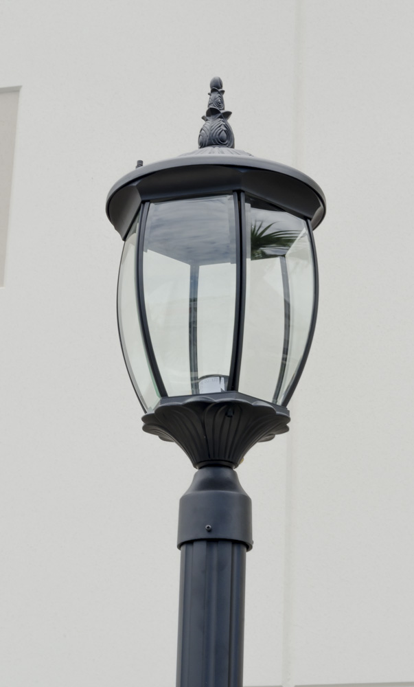 10 Ft Light Post : Residential grade courtyard outdoor post light package