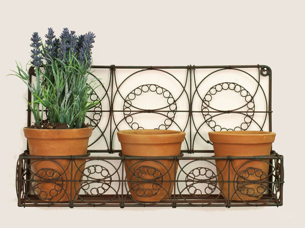 green rust metal wall planter with three pots outdoor decor. Black Bedroom Furniture Sets. Home Design Ideas