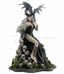 Mad Queen Sculpture by Nene Thomas