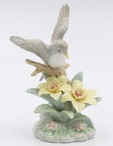 Robin Bird with Yellow Narcissus Flowers Sculpture
